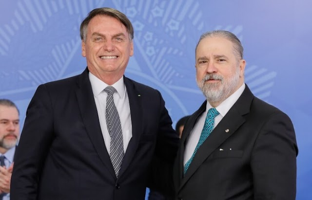 Aras sobre suposto arquivamento: Bolsonaro se esqueceu de combinar comigo
