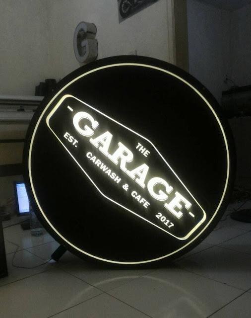 Neon Box Carwash Dan Cafe