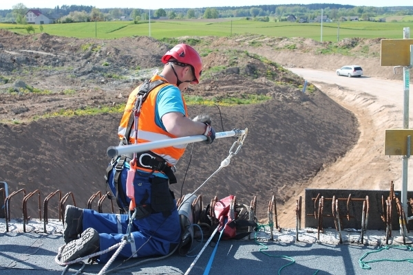 linee vita-edilizia-sicurezza-cantiere-lavori in quota