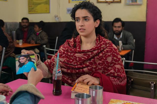 Sanya-Malhotra-in-Pagglait-Netflix