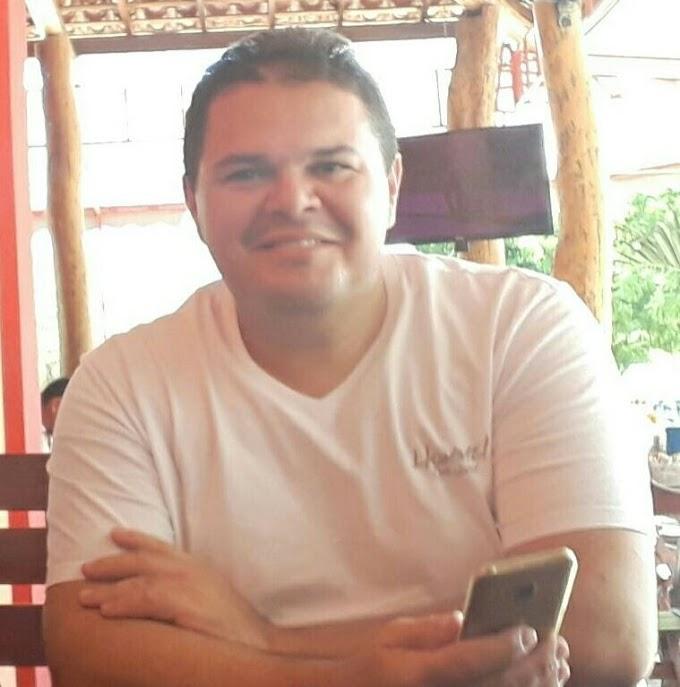 Elton Alves é cotado para assumir a Secretaria de Cultura de Grossos na gestão de Cinthia Sonale