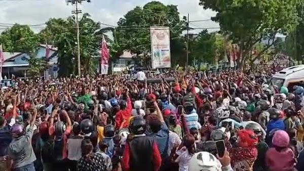 Pak Jokowi, Jadilah Contoh Bagi Warga Yang Bapak Pimpin