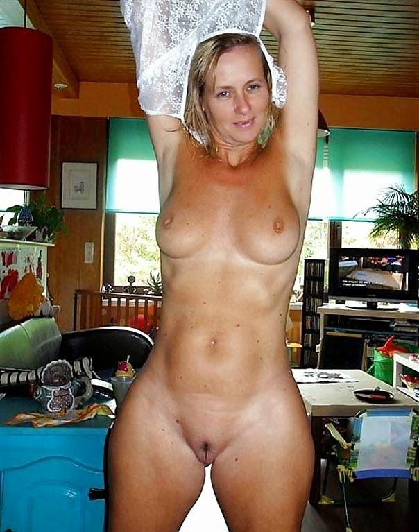 Тети зрелые и голые фото мужем