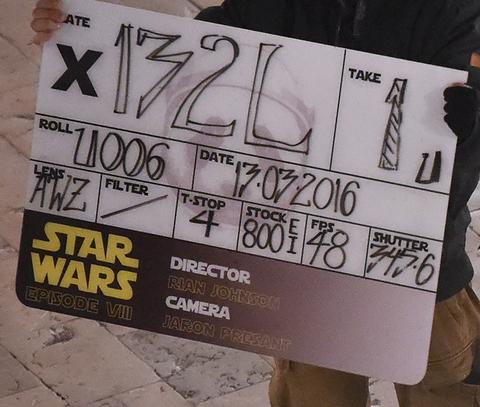 Star Wars: Episode VIII Star-wars-set-behind-the-scenes12-480w