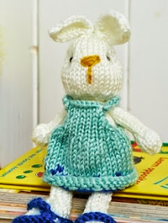 http://www.letsknit.co.uk/free-knitting-patterns/bramble-bunny-and-outfits