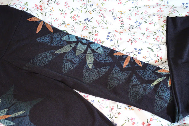 inkspoon review, inkspoon blog review, inkspoon leggings review, inkspoon etsy review, inkspoon etsy blog review, inkspoon brand, bamboo leggings organic