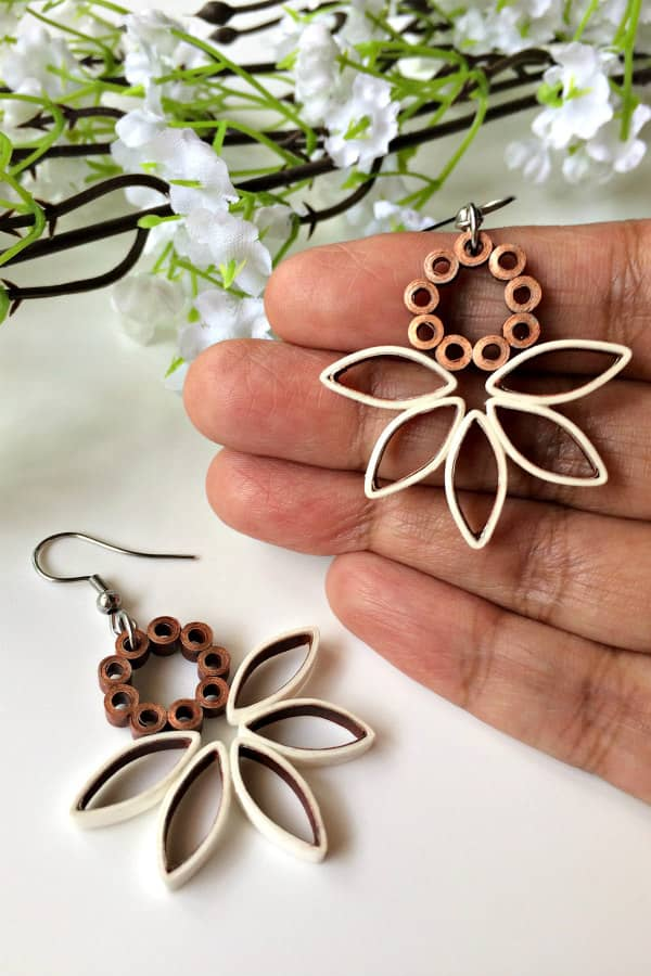 quilled white and copper dangle paper earrings