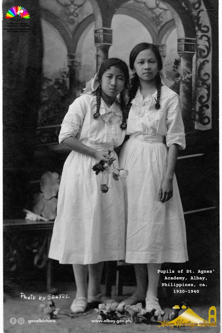 Old photo of Pupils of 𝐒𝐭. 𝐀𝐠𝐧𝐞𝐬 𝐀𝐜𝐚𝐝𝐞𝐦𝐲 𝐨𝐟 𝐋𝐞𝐠𝐚𝐳𝐩𝐢 Albay