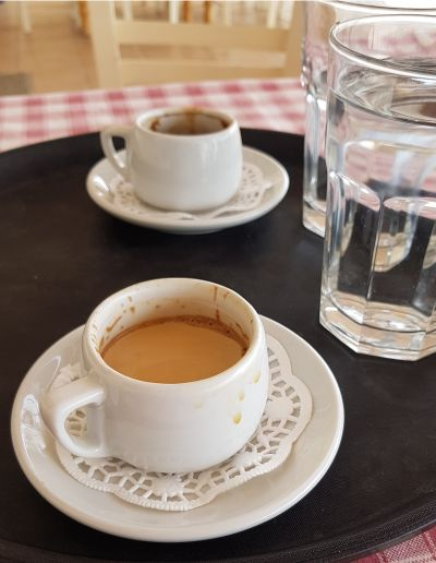 Weltbester Greek Coffee ever - Taverna Miden