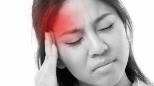 5 Kebiasaan yang Dapat Memicu Serangan Migrain