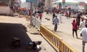 Breaking: Jos #EndSARS Protest Turns Sour As Violent Thugs Attack (Watch Video)