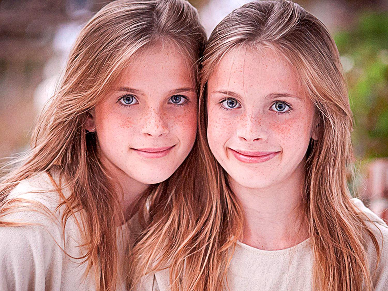 صور اطفال توائم حلوين 2019 اجمل الأخوات توأم صور كيوت
