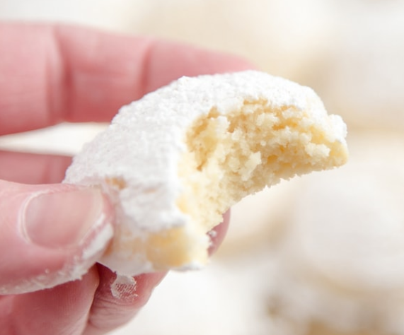 Tender and Creamy Cheesecake Cookies
