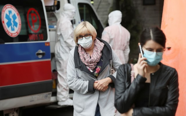 Lengyelországban megbírságolják a szájmaszkot nem viselőket