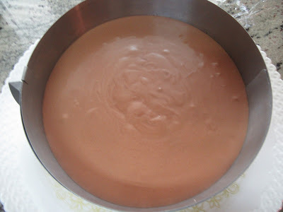 Tarta mousse de chocolate con brownie olla GM
