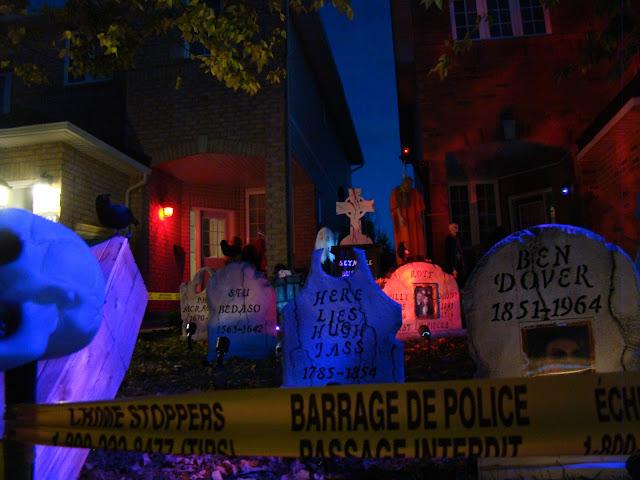 Halloween nas Ruas do Canadá