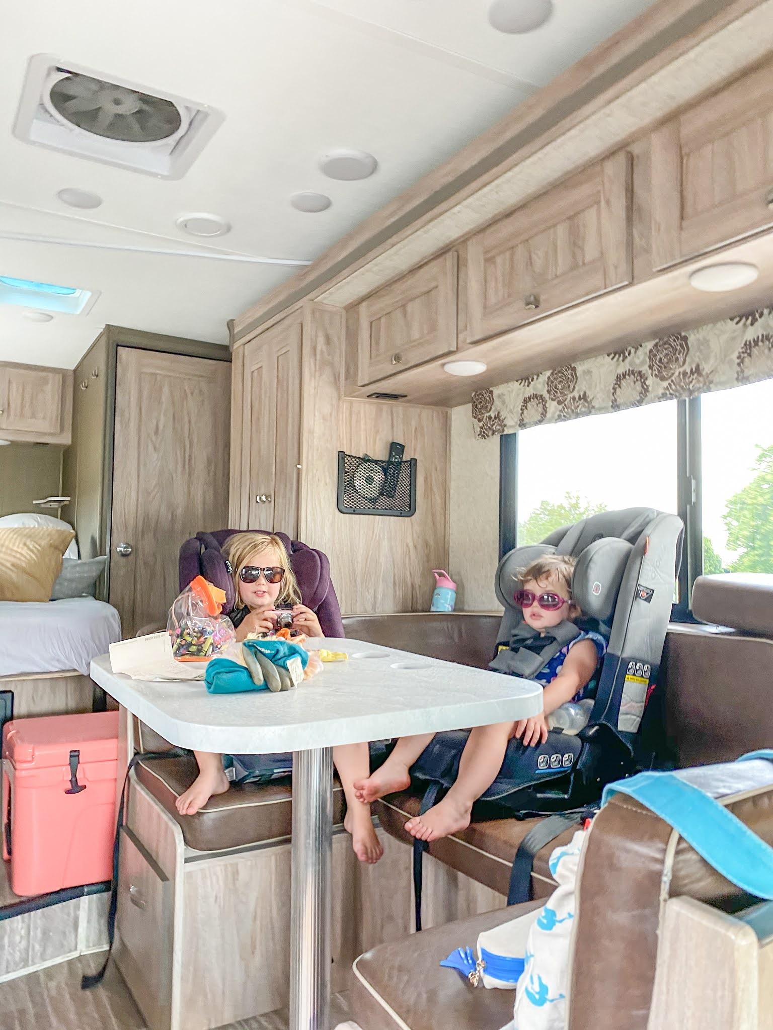 Family RV Trip in Southern Ontario - Toronto to Tobermory