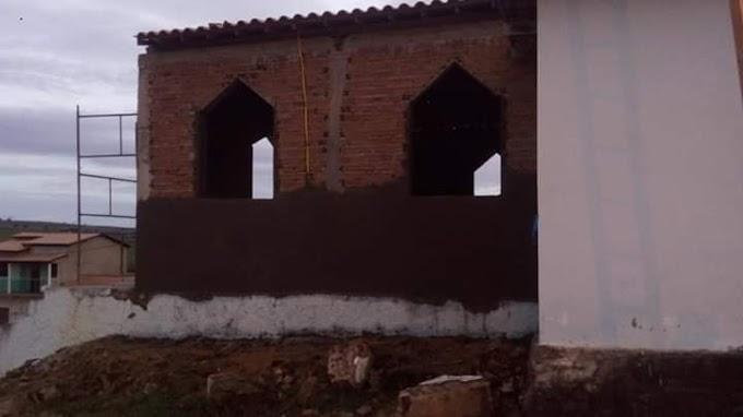 Reconstrução da Igreja Católica de Caiubi esta em andamento