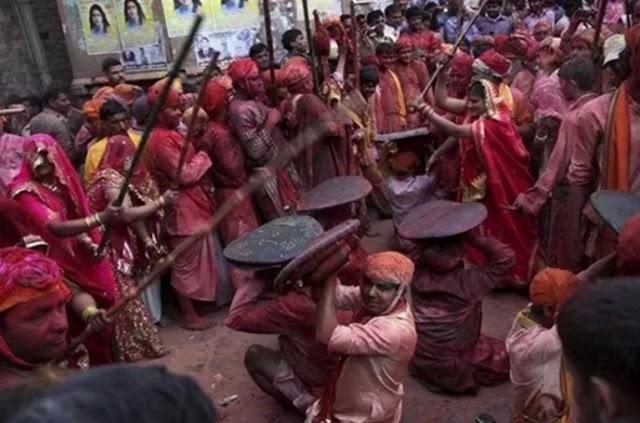 The-Bikaner-Holi-Bash-game-cannikin-PUSHKARNA-traditional-society- rajasthan होली के अवसर पर हुआ बीकानेर पुष्करणा समाज का पारम्परिक डोलची मार खेल- बीकानेर राजस्थान