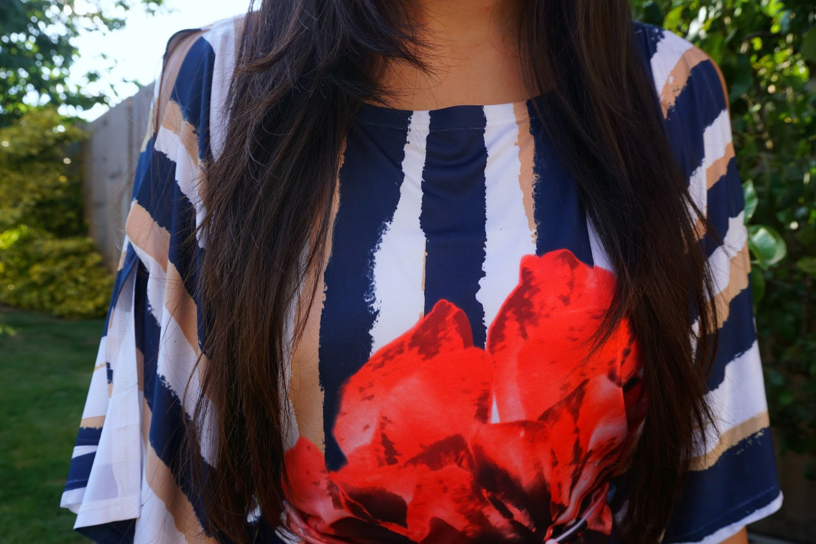 Navy floral date night look style fashion