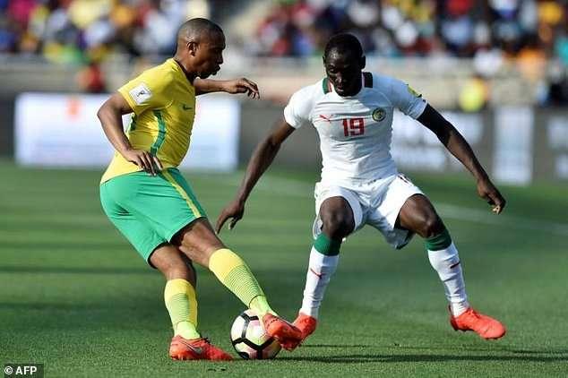 Por manipulación arbitral, la FIFA repetirá el duelo entre Sudáfrica y Senegal de la Eliminatoria Africana