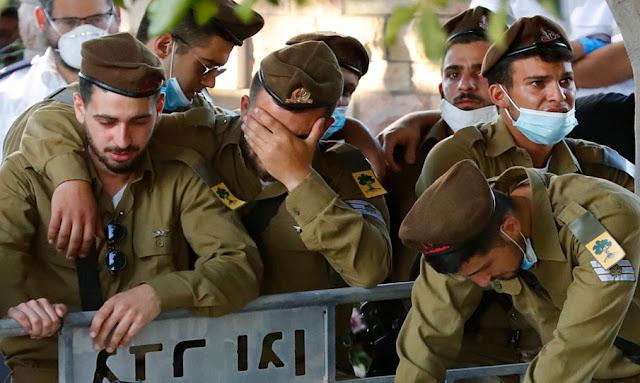 """جيش الاحتلال الاسرائيلي  يعلن عن """"تمرد عسكري"""" ومحاكمة فورية للجنود!"""