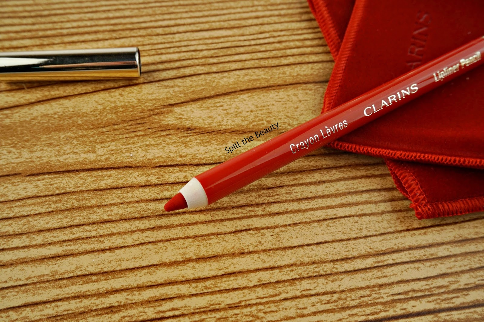 clarins fall 2017 review swatches joli rouge lipstick deep red litchi red lip liner