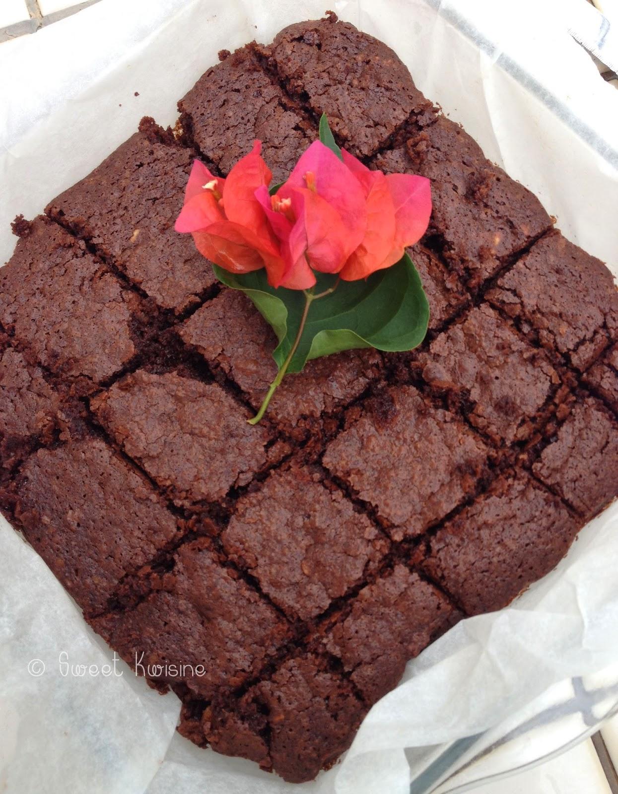 Sweet kwisine, brownie, chocolat noir, gâteau; cacahuètes, Mac Vities, sablés anglais, moelleux