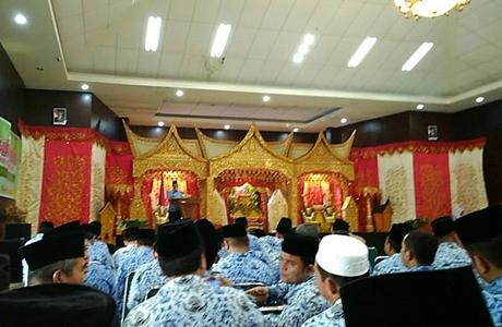 Pisah Sambut Kepala Kantor Kemenag Kota Padang, Kardinal Mohon Dukungan