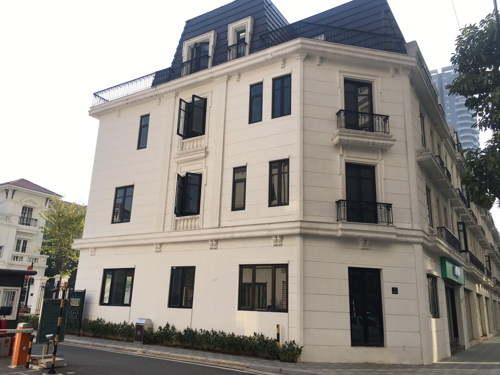 Cho thuê căn shophouse embassy garden