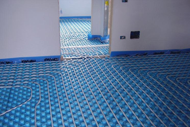 Svantaggi riscaldamento a pavimento edilizia in un click