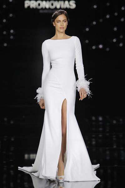 Vestido de novia Pronovias 2017 - Foto: Barcelona Bridal Fashion Week