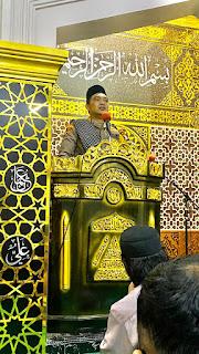 Kapolres Pelabuhan Makassar Sholat Taraweh Berjamaah di Masjid Farida Ujung Tanah