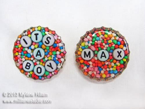 Bottlecap magnets filled with 100s and 1000s