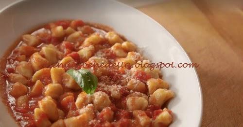 Ricetta Gnocchi Di Zucca Fatto In Casa Da Benedetta.Gnocchi Di Ricotta Ricetta Benedetta Rossi Da Fatto In Casa Per Voi