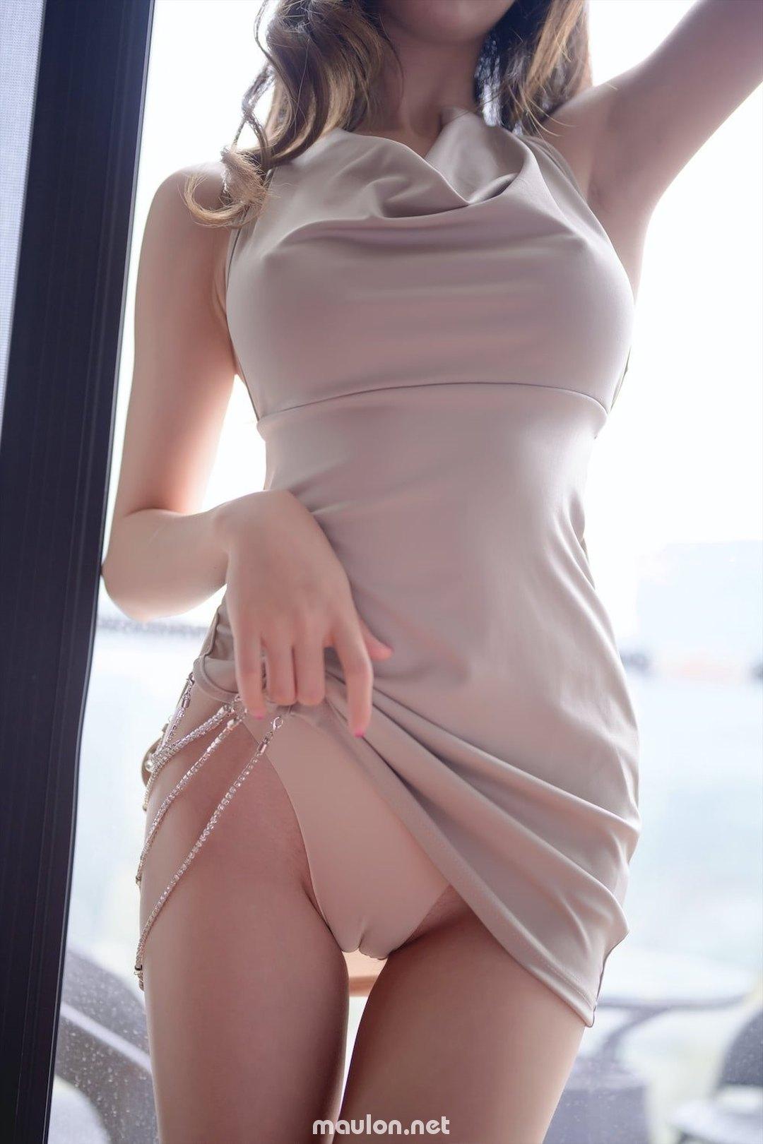 MauLon.Net - Ảnh sex gái xinh chân dài hàn quốc khoe mu lồn
