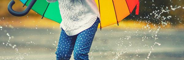 menjaga kesehatan anak dimusim hujan
