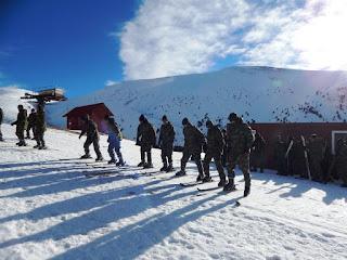 Σε εξέλιξη η χειμερινή εκπαίδευση στα χιόνια