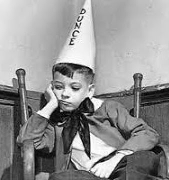 THE DAILY DROID: Bring Back the Dunce Cap