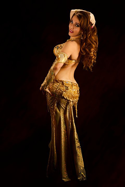 Her Elegant And Cheerful Dance Style Made Her A Sought After Performer In The Middle Eastern Community She Has Had The Honor Of Performing For Audiences In