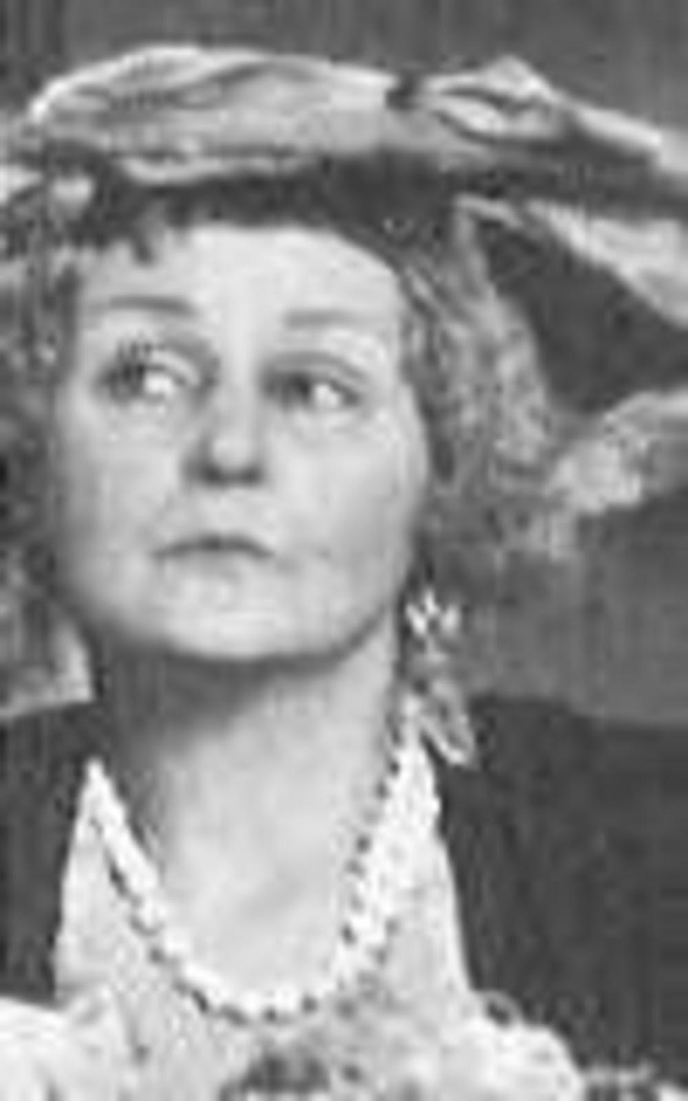 Lillian Herlein photo