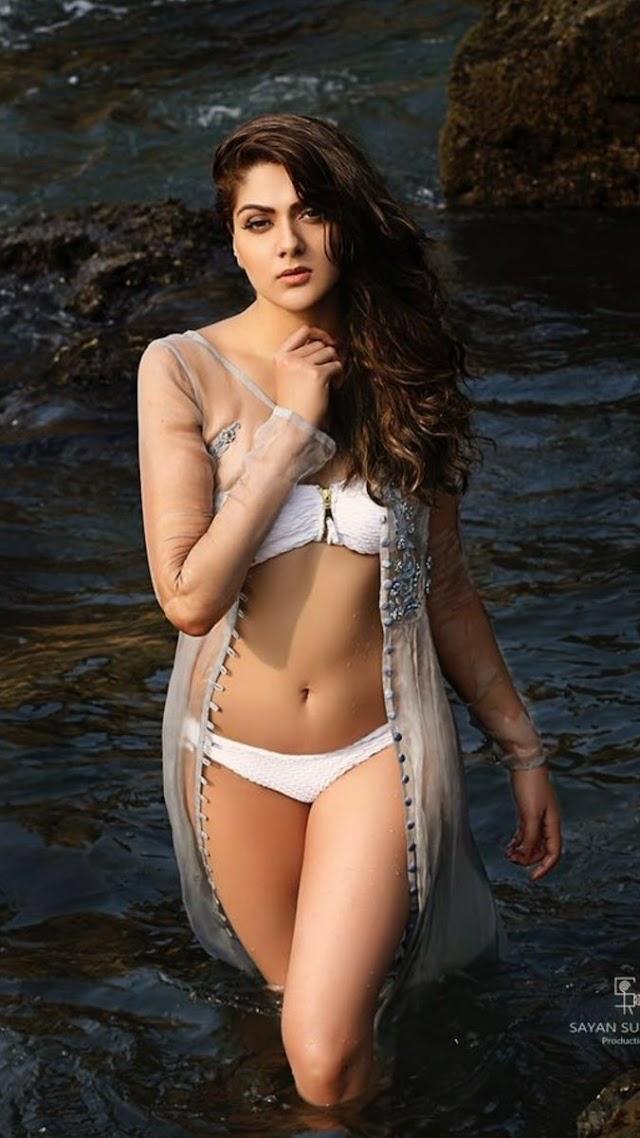 Actress Sakshi Chaudhary in Bikini and Wet Navel Hot Photo Shoot   Set 3