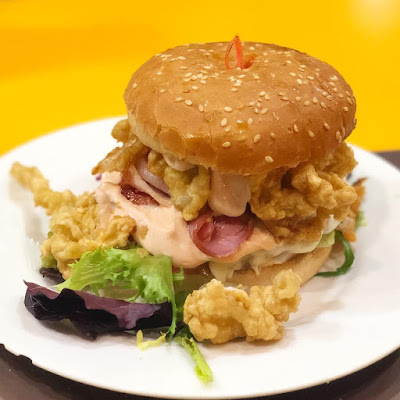 Hamburguesa de la Cafetería Florida en Bilbao