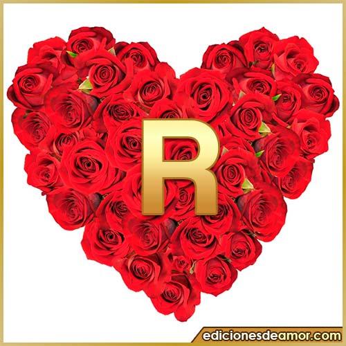 corazón de rosas con letra R