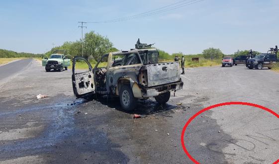 """VIDEO; La Tropa """"Correlona"""" del Infierno del CDN incendia camioneta de PEMEX y secuestra a trabajadores"""