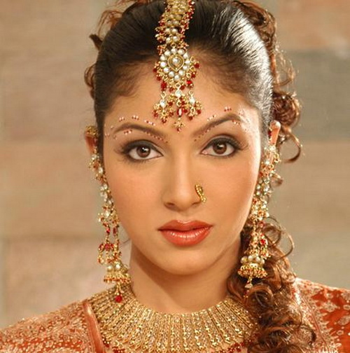 Indian Wedding Hairstyles Pictures: Indian Wedding Hairstyles And Bridal Makeup