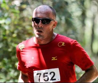 Um corredor ilustre, um presente aos atletas da  Corrida e Caminhada Caminhos Caiçaras