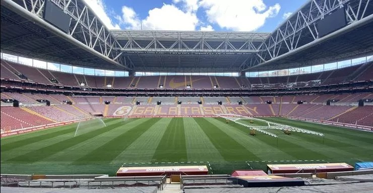 Lazio maçına stad hazır!