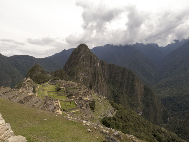 Machu Picchu images: Clouds rolling in