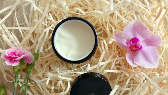 balsam regenerujący, balsam nawilżający, balsam do suchej skóry, balsam do popękanej skóry, organiczny naturalny balsam do ciała